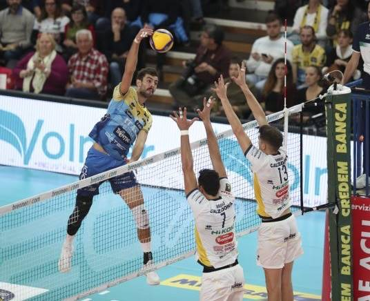 SuperLega maschile: Trento batte Verona al tie break. Domani le altre gare con il big match Lube-Sir