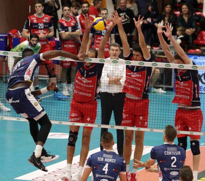 Anticipo SuperLega maschile:  Piacenza batte Ravenna al tie break