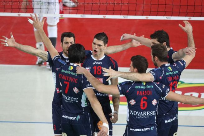 Nell'andata dei Play off a 6 di Champions Macerata batte Trento al tie break