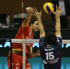 Nell'anticipo di Superlega maschile Ravenna supera Latina al tie break