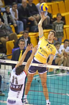 Superlega: Modena guida la classifica dopo il 3-0 all'Altotevere. In A2 Matera vince a Reggio Emilia