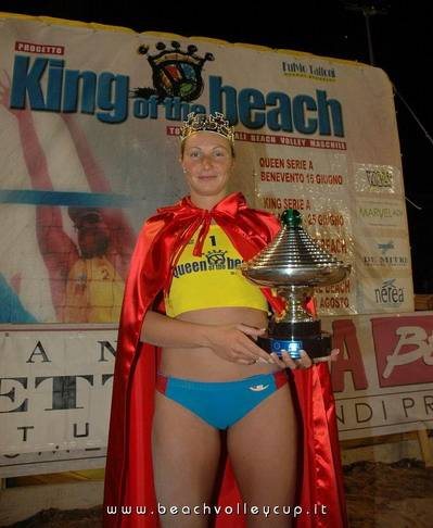 Valeria Rosso queen of the beach a Benevento
