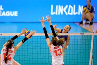 Volleyball Nations League: all'esordio le azzurre cedono alla Turchia 3-0, stanotte affrontano la Polonia